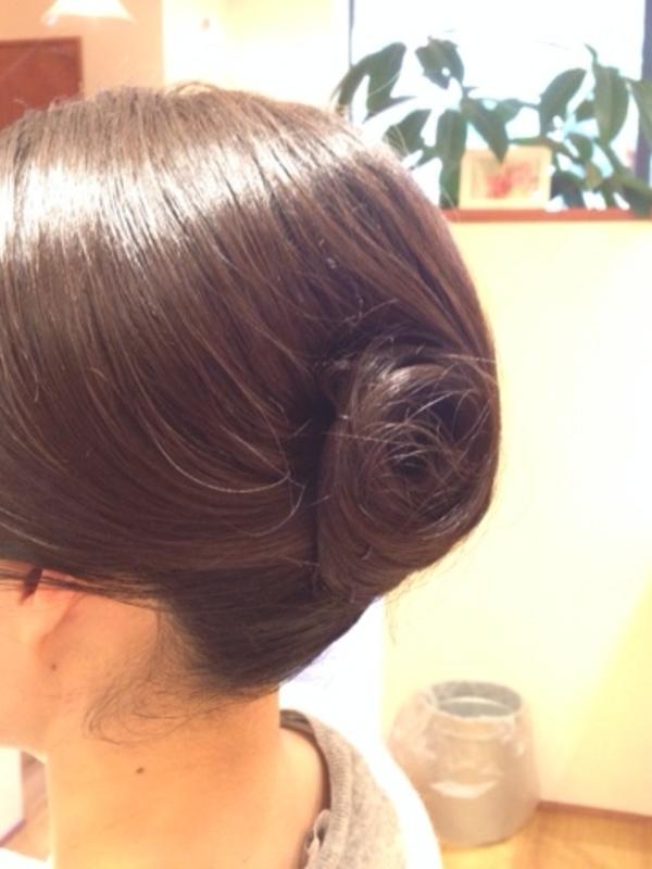 卒業式・お茶会☆福岡女性専用理美容室☆チーフのBLOGのサムネイル
